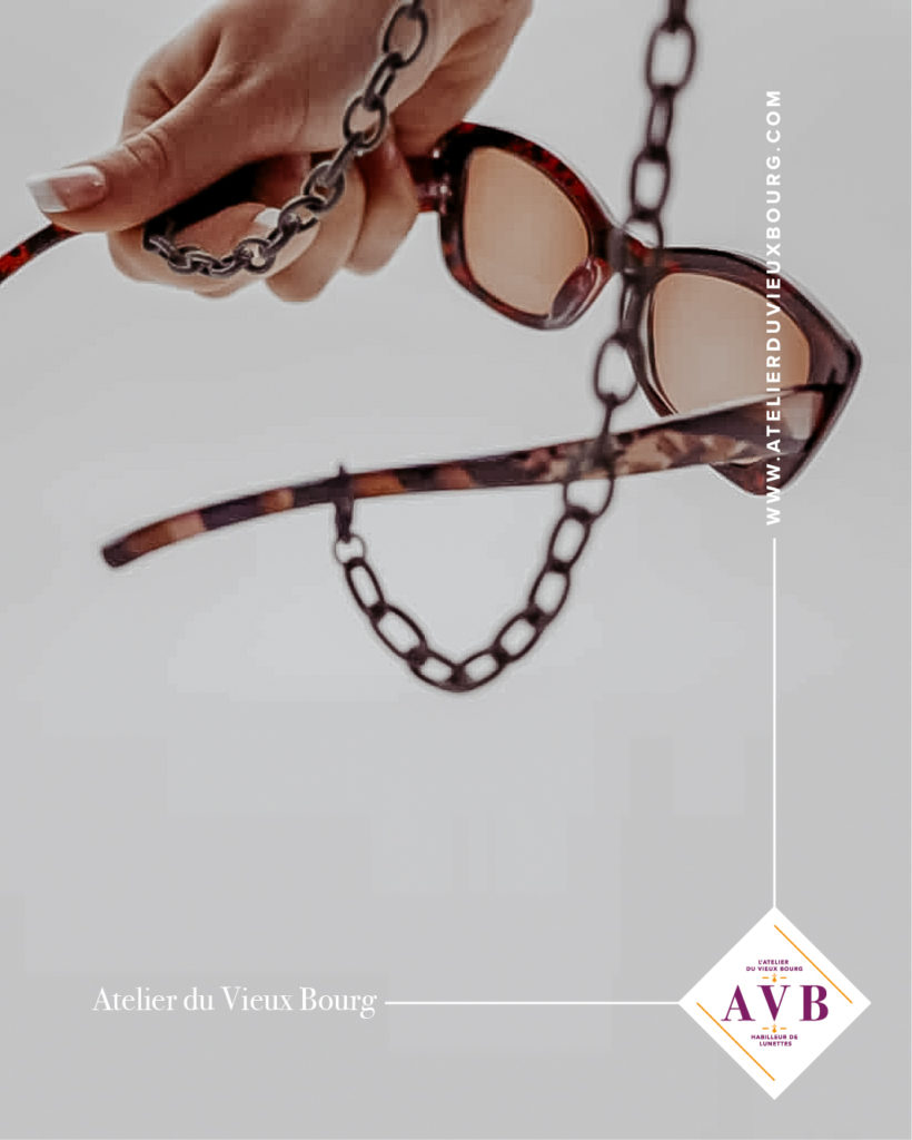 Création de chaines et chainettes françaises tendances pour lunettes